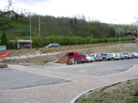 stazione di Monzuno-Vado _ parcheggio