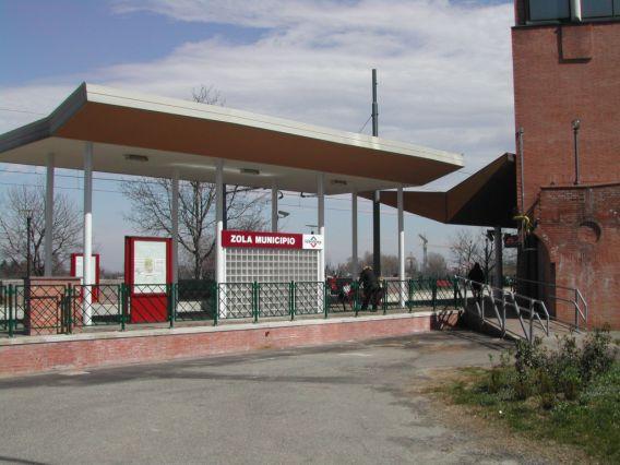 stazione di Zola Centro - pensilina