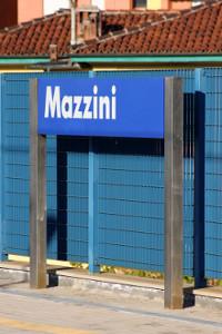 Cartello stazione Mazzini