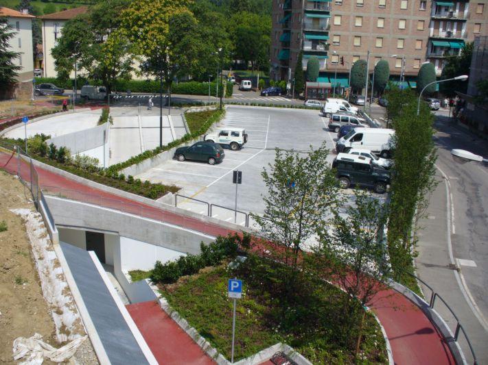 stazione di Rastignano-parcheggio